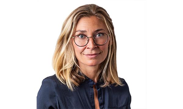 Annika Domeij, Novare