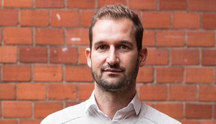Mikael Lindgren till Vitamin Well