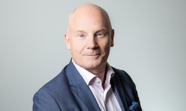 Jesper Olsson, Novare