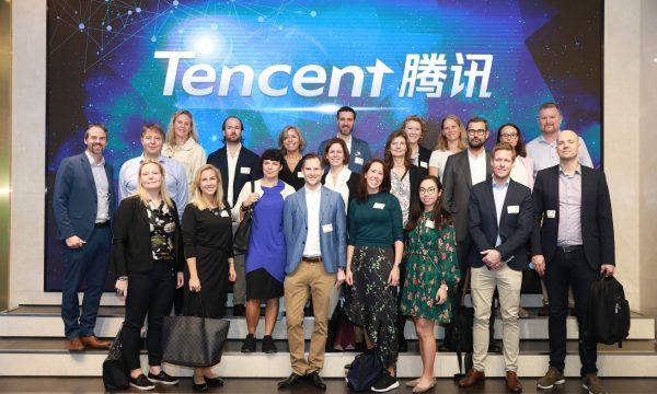 Seniora ledare i Novares program på resa i Shenzhen, Kina, Tencent